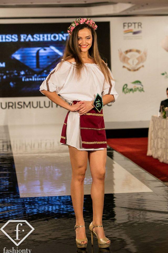 Alina Bescheru